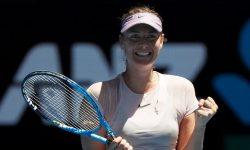 Шарапова вышла в третий круг Australian Open, предсказания букмекеров пока что сбываются