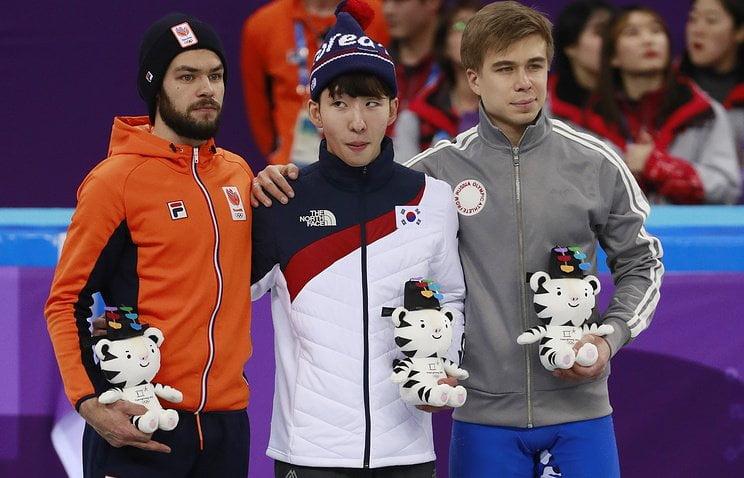 Голландский спортсмен на Олимпиаде показал средний палец и оскорбил этим зрителей